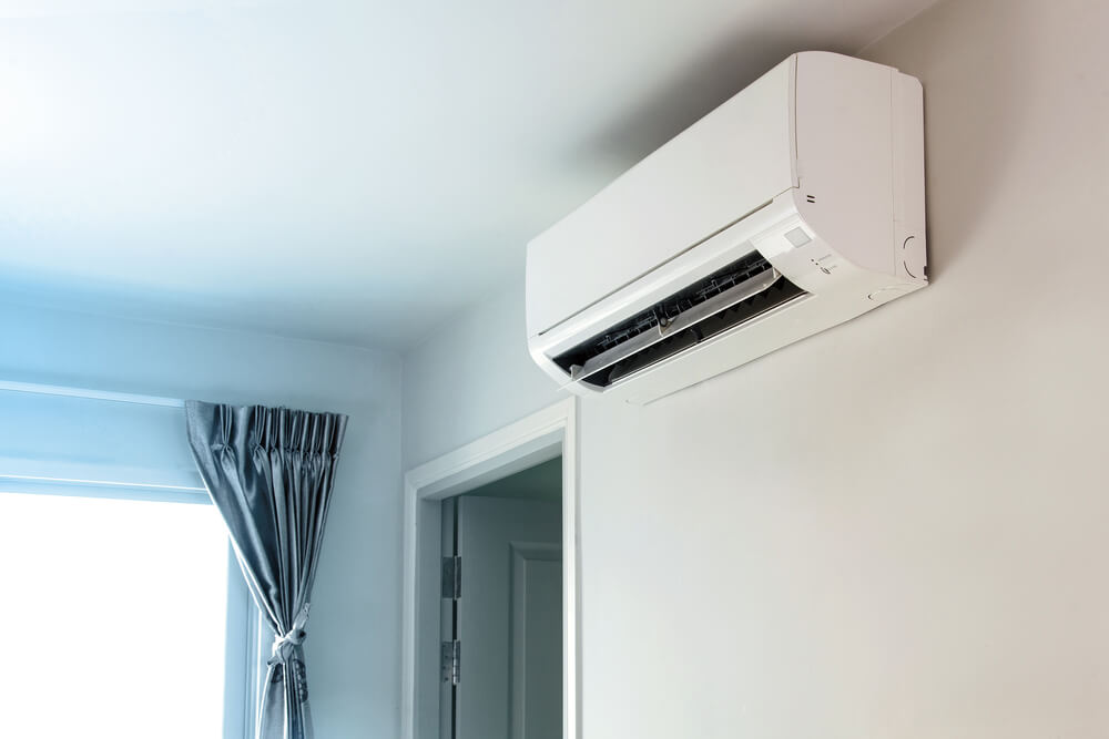 Make Your Home Comfortable By Reducing Air Leakage